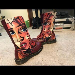 Dr. Martens Shoes - Unique Dr Martens Warhol POP ART vintage boots